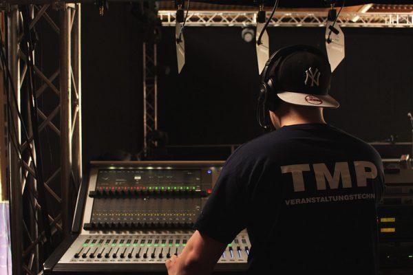 Praktikum bei TMP Veranstaltungstechnik Monitor SOH Medientechnik