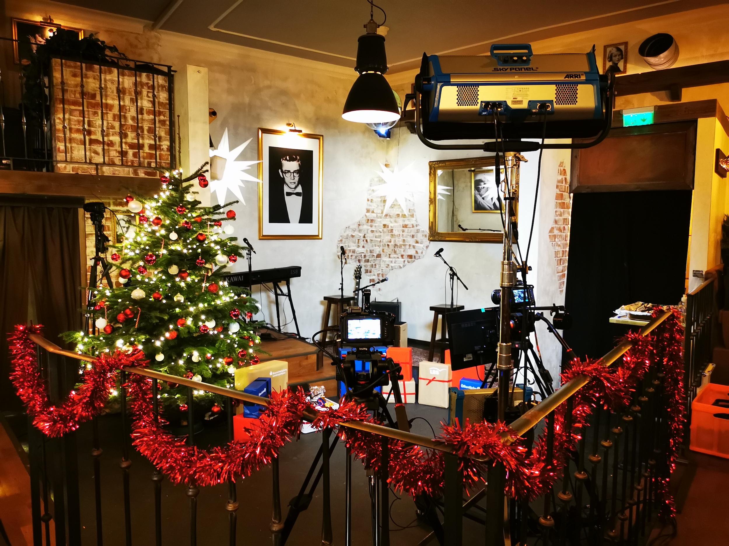 TMP_Veranstaltungstechnik_Rock_Around_A_Christmas_Stream_Dean's_Braunschweig